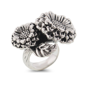 Be garden party ready wearing this Large Sterling Silver Sun Flower Ring: 7SS-01187